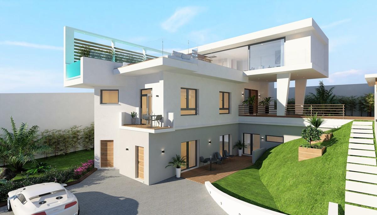 New development House in Cerros del Aguila