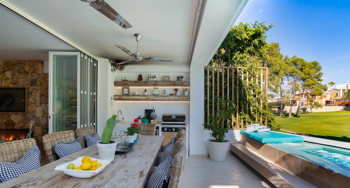 CHARMING TOWNHOUSE IN GUADALMINA ALTA