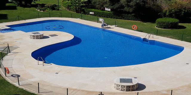 17.piscina